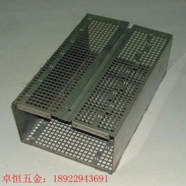 东莞厂家定制五金金属冲压加工冲压件外壳铁外盖五金冲压五金加工